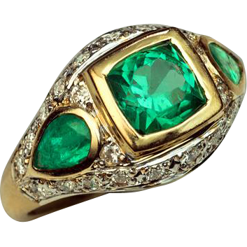 vintage emerald 18k gold ring from romanovrussia