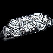 Art Deco Vintage Diamond 18k White Gold Engagement Ring