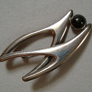 Vintage Mexican Sterling Silver Sigi Pineda Biomorphic Brooch with Obsidian