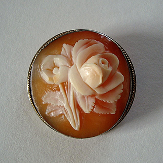 Vintage Carved Shell Cameo Floral Brooch / Pendant in 800 Silver