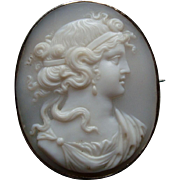Antique Victorian Finely Carved Shell Cameo Brooch, Classical Greek or Roman Lady