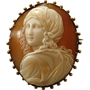Fine Victorian Carved Shell Cameo Brooch of Beatrice Cenci