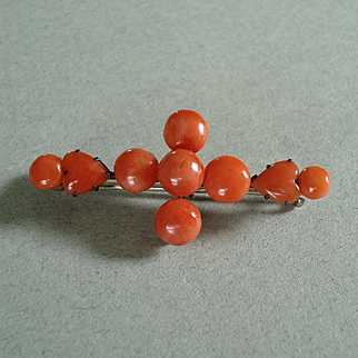 Antique Victorian or Edwardian Natural Coral Brooch with Hearts