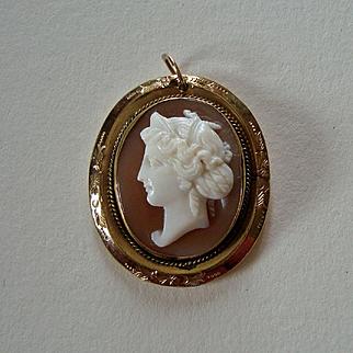 Pretty Victorian Carved Shell Cameo Pendant - Classical Female Head