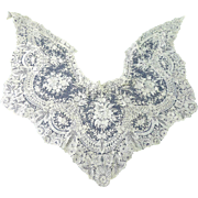 Fabulous HandMade Bobbin Lace Point de Gaz Collar