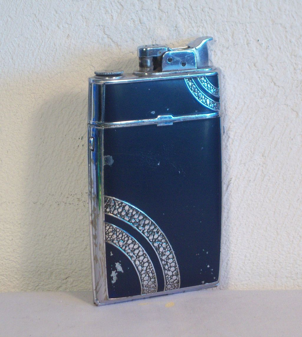 Evans Trig-A-Lite Cigarette Case/Lighter Combo Ca. 1935