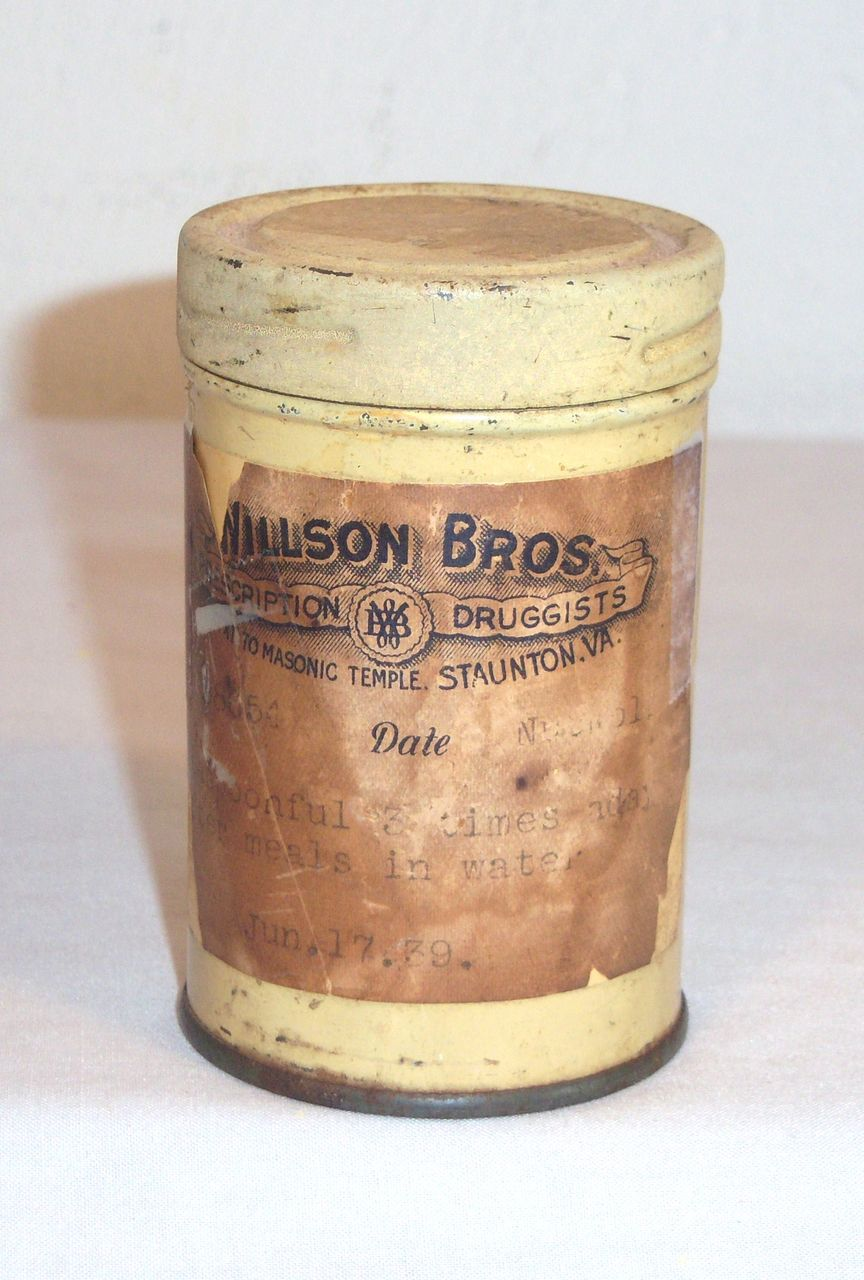 Vintage Willson Bros. Druggist Pharmaceutical Tin Dated 1939