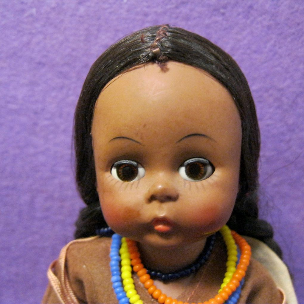 Rare 1966 Alexander Bent Knee Indian Girl Doll From -7547