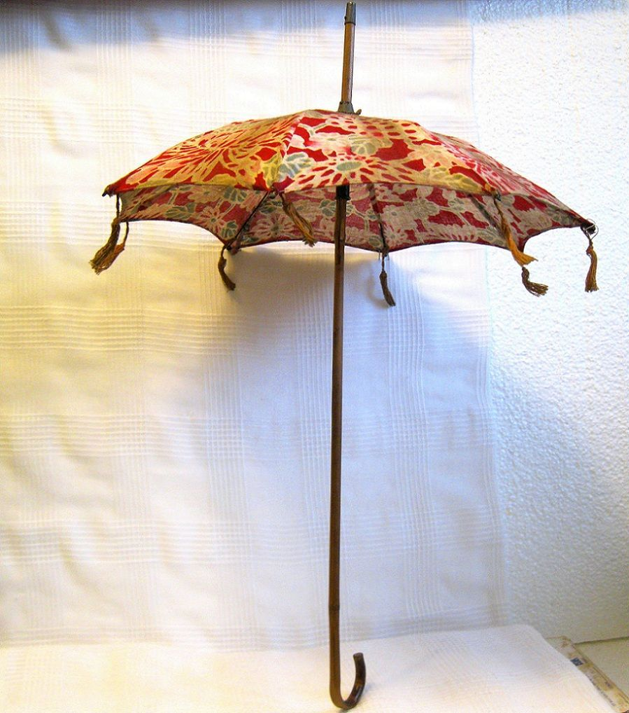 Antique tasseled Doll Parasol, bamboo handle