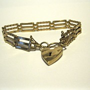 9K English Gate Bracelet, Heart Padlock