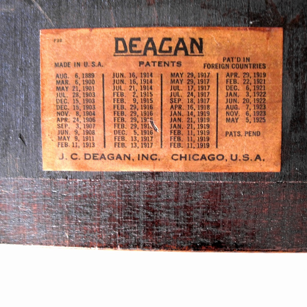 Deagan 5 Note Plate Chime No 182 Mahogany Resonator Box