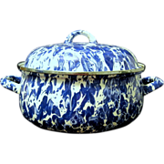 Large Blue and White Swirl Mid Century Graniteware Cooking Pot
