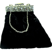 Push Cylinder Clasp on Edwardian Velvet Four Sided Hinged Purse