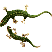 Salamanders, Momma and Baby Enameled Brooch Figural