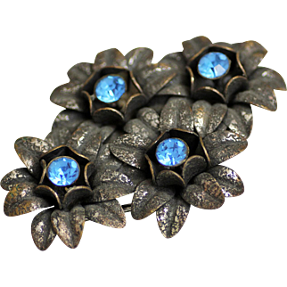 Beautiful  Kingsbury Weber, N.Y. Blue Crystal Rhinestone Flower Silver Cluster Brooch
