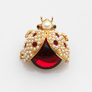HATTIE CARNEGIE Ladybug Pin Brooch Glowing Red Cabochon with Faux Pearls