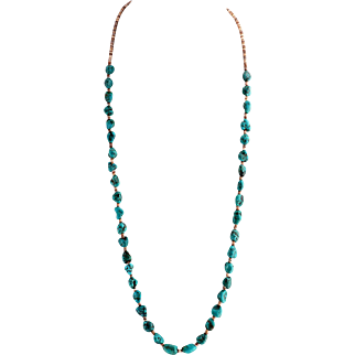 Elegant and Finely Matched Turquoise Necklace - American Indian Santo Domingo Pueblo