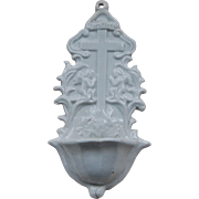 Lovely White Porcelain Holy Water Finger Font