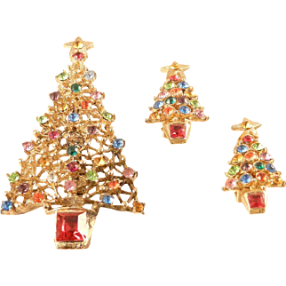 Christmas Tree Pin and Earring Set Multicolor Rhinestone Goldtone Vintage