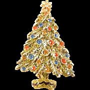 ART Christmas Tree Pin Rhinestone Enamel Vintage