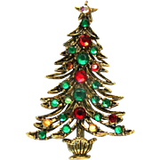 28462a - Vintage Hollycraft Christmas Tree Pin with Red Green Yellow Rhinestones
