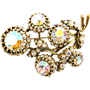 29103a - Vintage Hollycraft Clear AB Color Stones 5 Bud-Flower Shaped Brooch/Pin