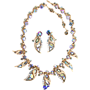 29267a - HOLLYCRAFT 1957 AB Blue & Pearls Necklace & Earrings Set