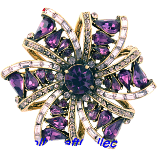 29765a - Vintage Hollycraft 1957 Purple & Lavender 6-Point Star Brooch/Pin