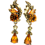 29783a - Vintage Hollycraft 1957 Topaz & Jonquil Dangle Clip Back Earrings