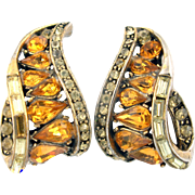 29789a - Vintage Hollycraft 1957 Topaz & Jonquil Color Stones Clip Back Earrings