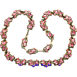 29968a - Vintage HoLLyCRaFT 1953 Pink Colored Necklace/Choker/Collar
