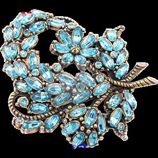 29971a - Signed Hollycraft 1953 Aquamarine Color Rhinestones Large Brooch
