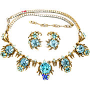 30389a - Signed Hollycraft 1954 Aquamarine Color Rhinestones Flower Demi Set