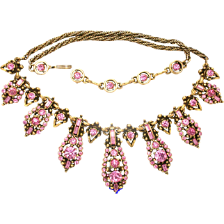 30913a - Signed Hollycraft 1955 Rare Pink Color Rhinestones Necklace