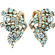 30978a - Signed Hollycraft 1955 Aquamarine Color Rhinestones Clip Earrings