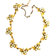 31196a - Signed Hollycraft 1955 Jonquil Stones & Yellow Enamel Choker/Necklace
