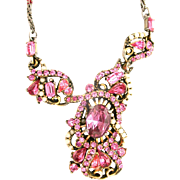 31699a - Signed Hollycraft 1953 Pink Stones & Creamy Pearls Necklace