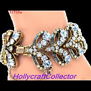 31735a - Signed HOLLYCRAFT 1955 Light & Dark Sapphire Rhinestones Bracelet