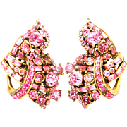31797a - Signed Hollycraft 1955 Pink Color Rhinestones Clip Back Earrings