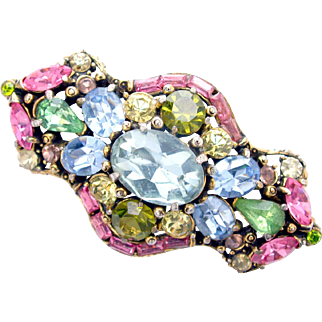32413a - Signed Hollycraft 1955 Pastel Brooch/Pin with Huge Center Stone