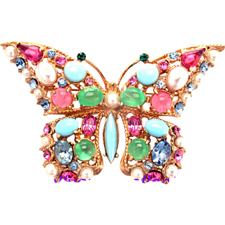 32426a - Signed HOLLYCRAFT Faux Turquoise Jade Coral Pearls Butterfly Brooch