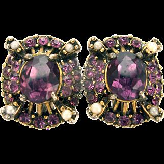 32652a - Signed HOLLYCRAFT 1953 Amethyst Stones & Faux Half Pearls Earrings Set