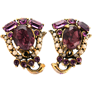 32661a - Signed HOLLYCRAFT 1953 Amethyst & Simulated Half Pearls Earrings Set