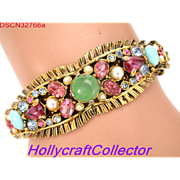 32766a - Signed Hollycraft Jade Aqua Pearls Pink Blue Stones Hinged Bracelet