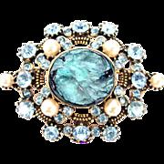32785a - RARE HOLLYCRAFT Aquamarine Color Chaton Stones & Pearls Brooch