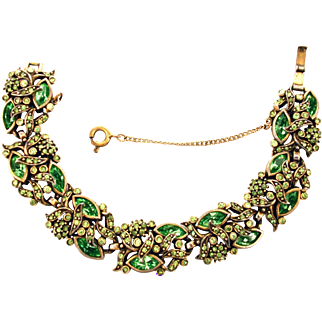 32858a - Signed Hollycraft 1950 Peridot Green Color Rhinestones Wide Bracelet