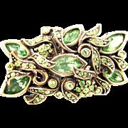 32870a - Signed Hollycraft 1950 Peridot Green Rectangular Shaped Brooch/Pin