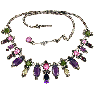 33457a - Signed HOLLYCRAFT 1954 Purple Green Rose Red Yellow Necklace