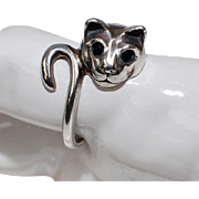 Signed Kabana Sterling Silver Figural Cat w/ Blue Sapphire Eyes Ring
