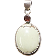 Sterling Silver Green Agate Red Garnet Pendant